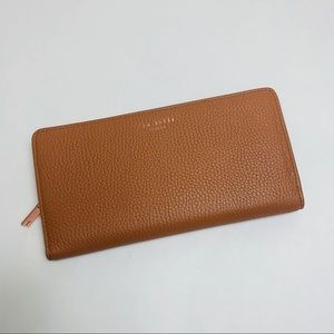 NWT Ted Baker London Tan Leather Wallet